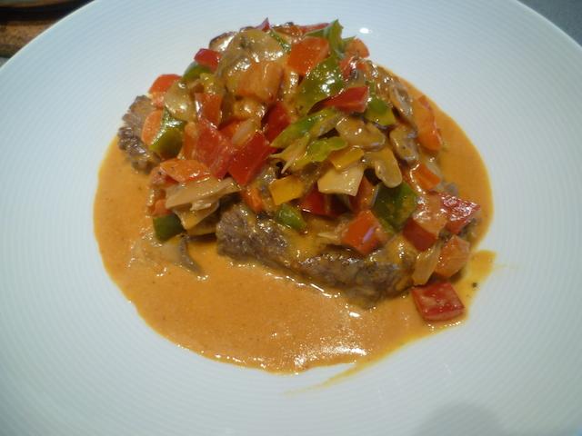 Steak Stroganoff met pit